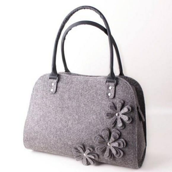 VOLARIS FELT flower bag NWT